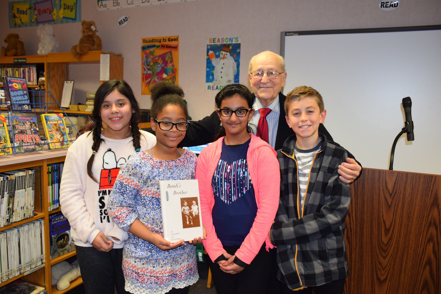 Holocaust survivor and author Irving Roth spoke to sixth-graders about his life during a recent visit to Stewart Manor School.