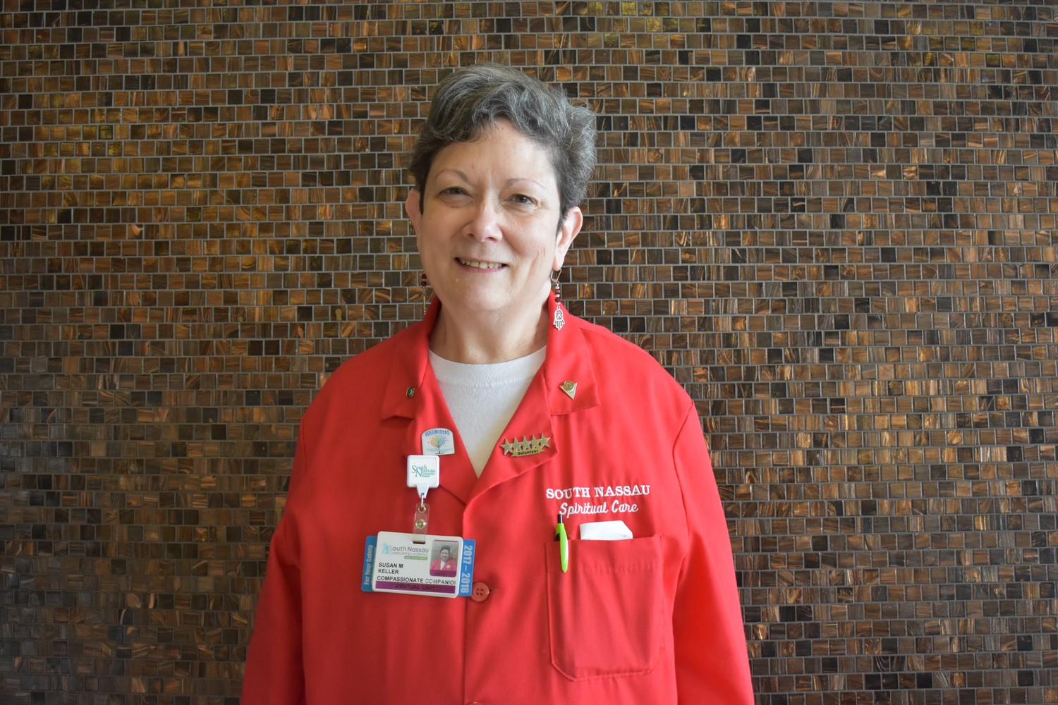 Sue Keller has volunteered at South Nassau Communities Hospital since 1998, currently serving as a compassionate companion.
