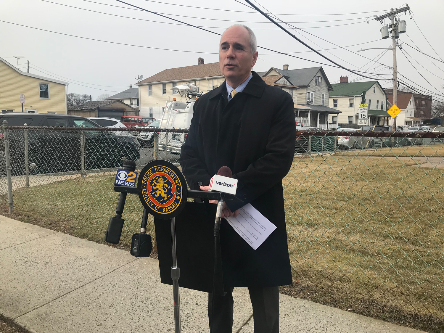 Nassau County police Lt. Richard LeBrun spoke in Inwood on Feb. 9 about the five incidents of bogus food ordering and car thefts.