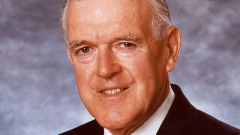 Former Long Beach Medical Center board president and King Kullen co-chairman Bernard Kennedy died on Feb. 17.