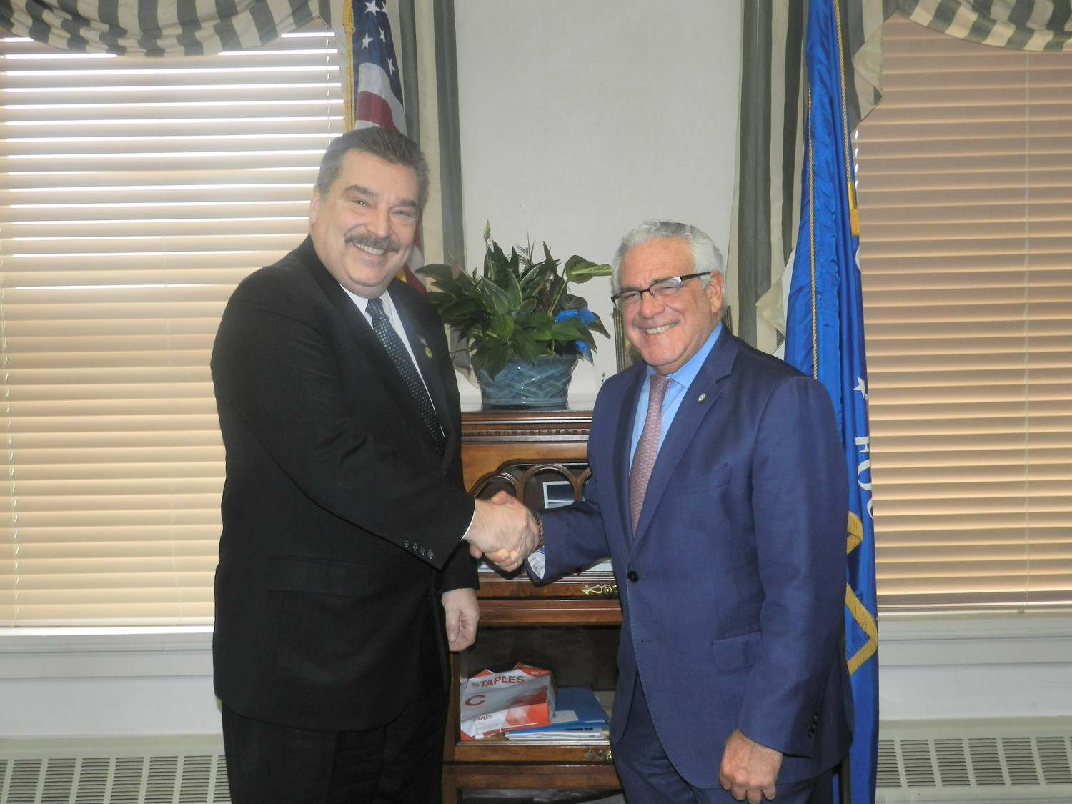 Glen Cove Mayor Tim Tenke and Sea Cliff Mayor Edward Lieberman held their first official meeting as mayors on Monday.