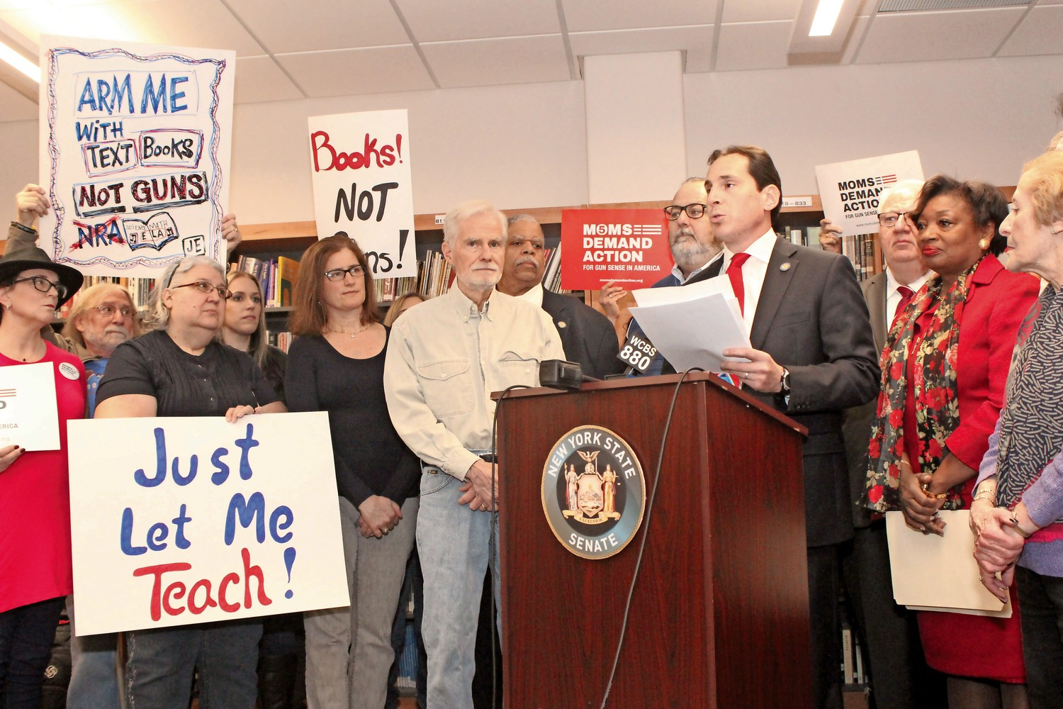 State Sen. Todd Kaminsky joined other Democratic senators, students, teachers and community members last Saturday to announce a proposed bill that would prohibit teachers from carrying guns in school.