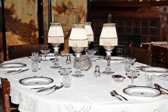 June 2015. The Dining Room includes the china that the Roosevelt's used when they lived in the White House.