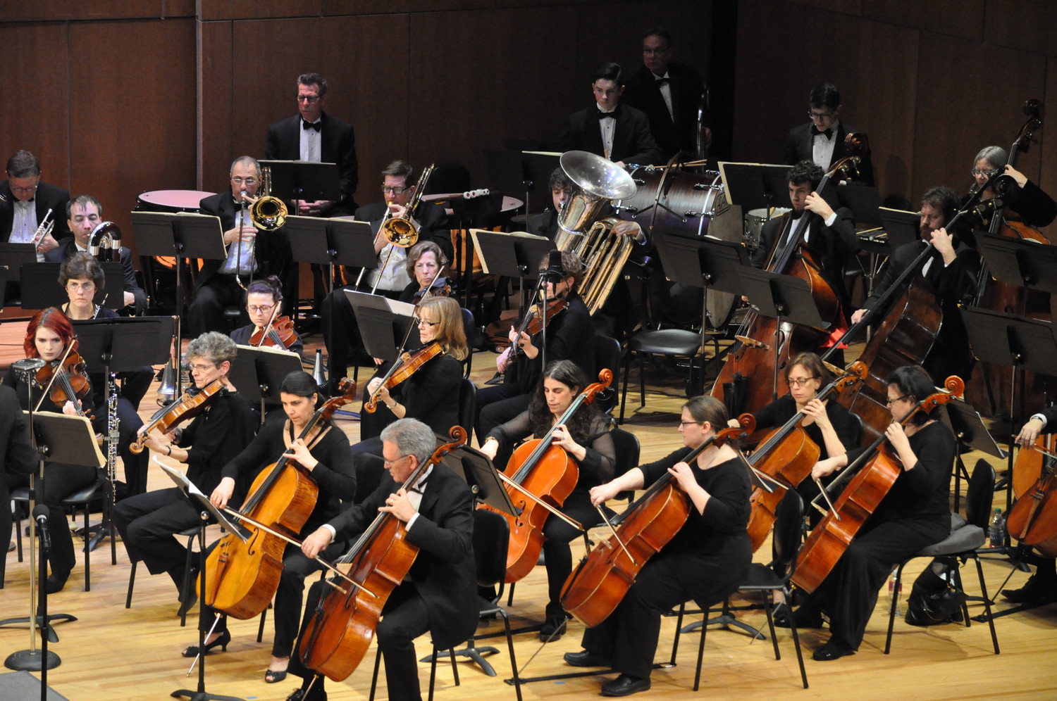 The South Shore Symphony appears at the Madison Theatre on Saturday.