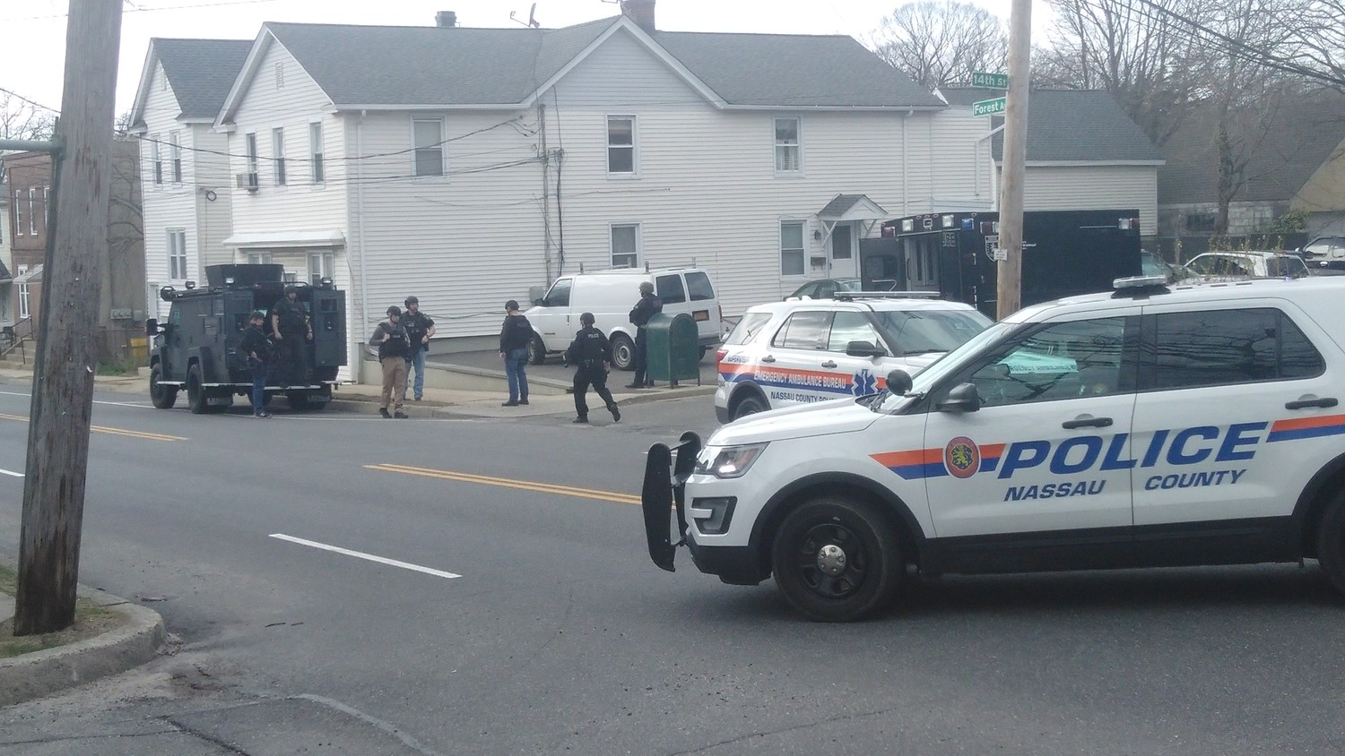 Nassau County police prepared to engage what they thought might be an armed suspect on the afternoon of Easter Sunday.