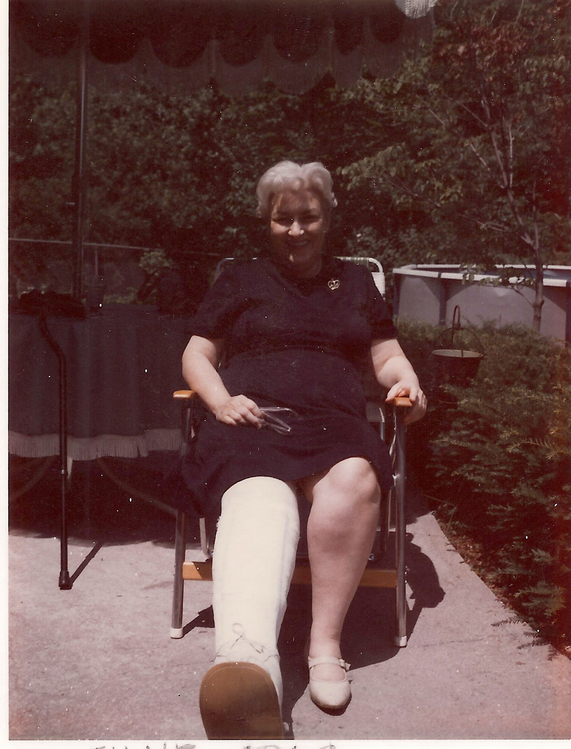 In June 1968, McFadden was in a car accident and shattered her right leg. The following year, she taught in a Bethpage High School classroom that was right next to an elevator.