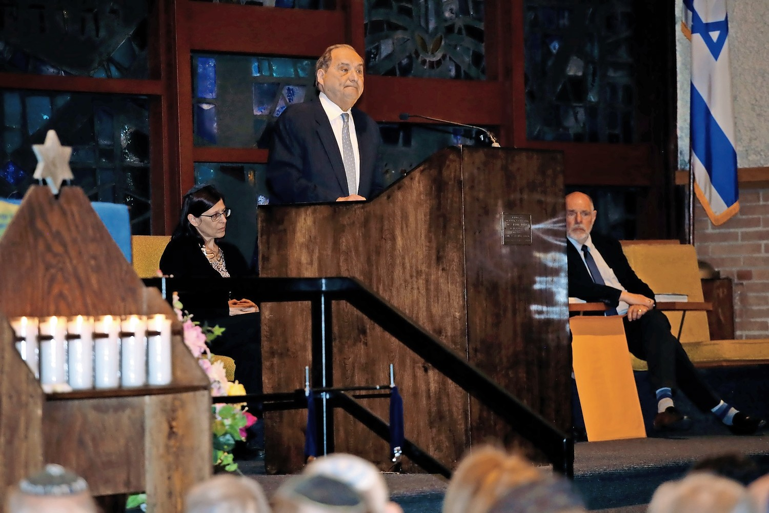 Holocaust survivor Abraham Foxman spoke to congregants about the importance of fighting anti-Semitism.