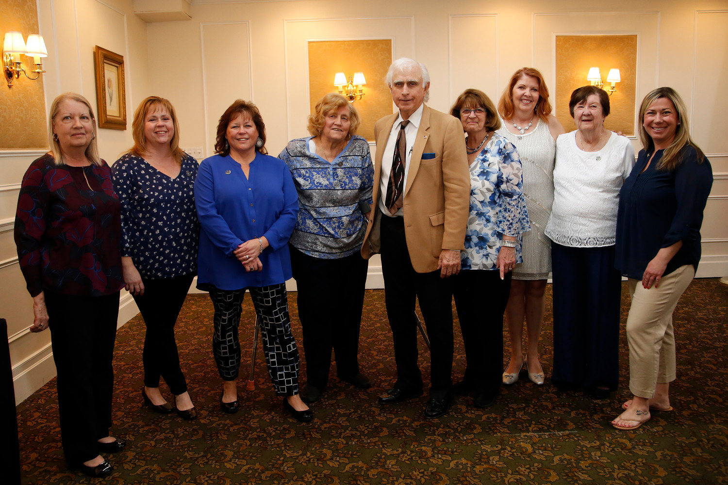 Honoree Don Maresca with Kiwanettes Officers Ellen Sullivan, Linda Ohlsen, Terri Finneran, Dolores Buckley, Linda Angelastro (President), Maureen Gerardi, Georgianna Miller and Alyssa Mancuso.