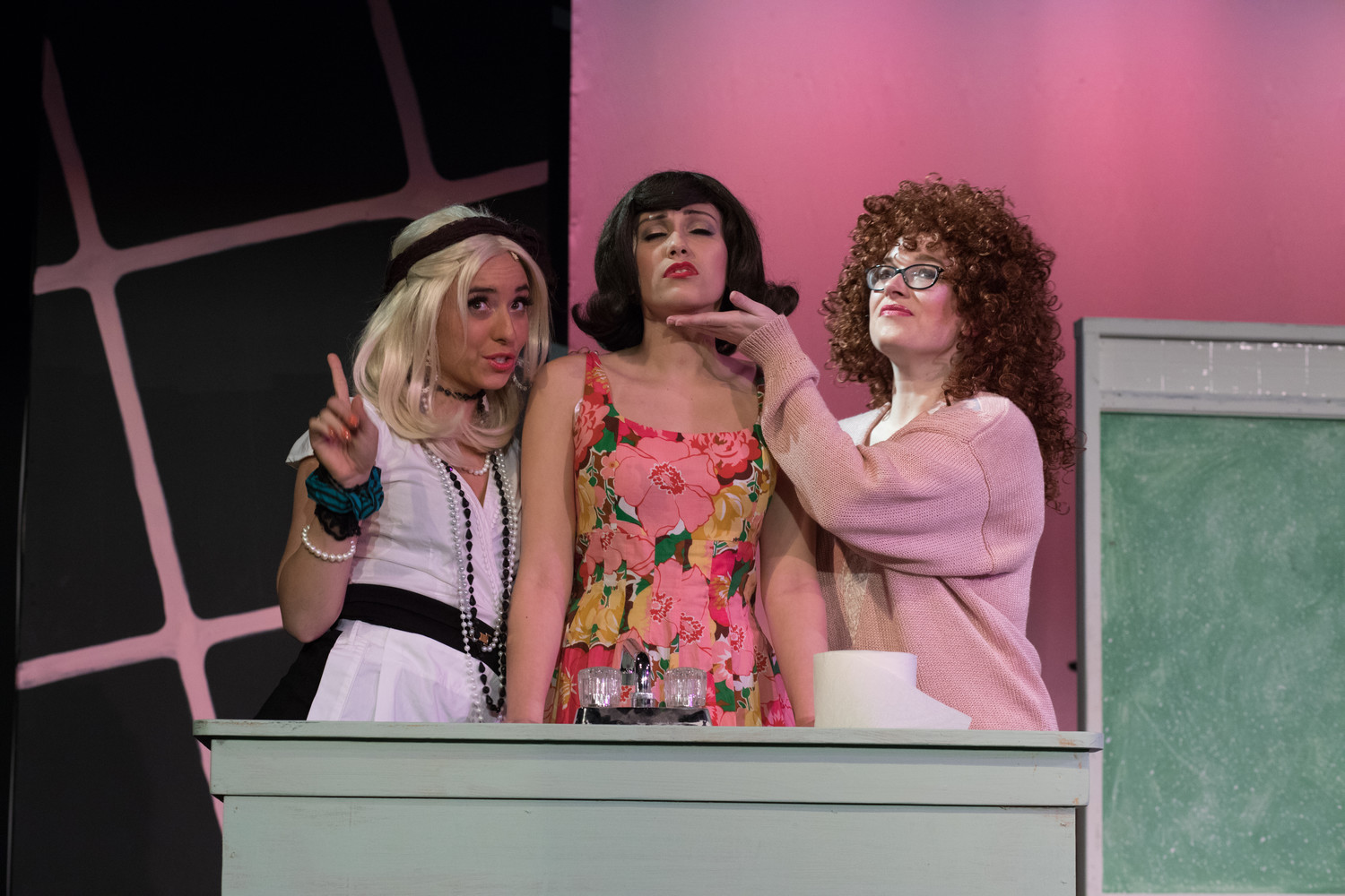 "BroadHollow Theatre Company stages ""The Wedding Singer"" at its venue in Elmont, Friday through Sunday."