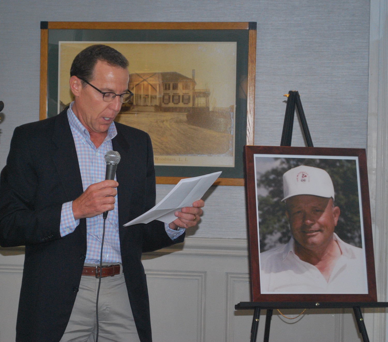 Woodmere Club President John Wiener recounted the life of revered head golf professional Joe Moresco.