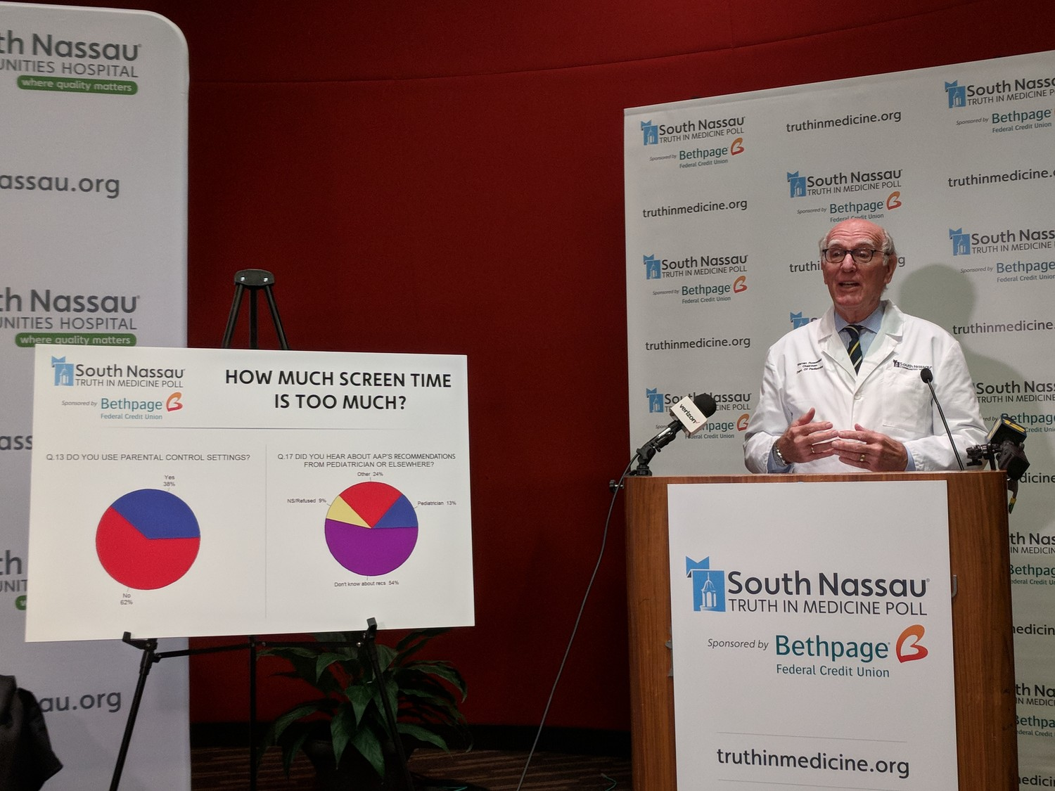 Dr. Warren Rosenfeld, chairman of pediatrics at South Nassau Communities Hospital, explained at a May 10 news conference the associations between excessive screen time among children and delays in their brain development.