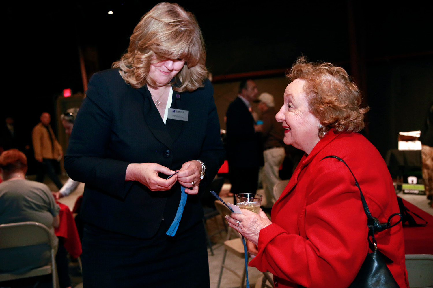 Donna Lillie, left, and West Hempstead Community Support Association President Rosalie Norton.
