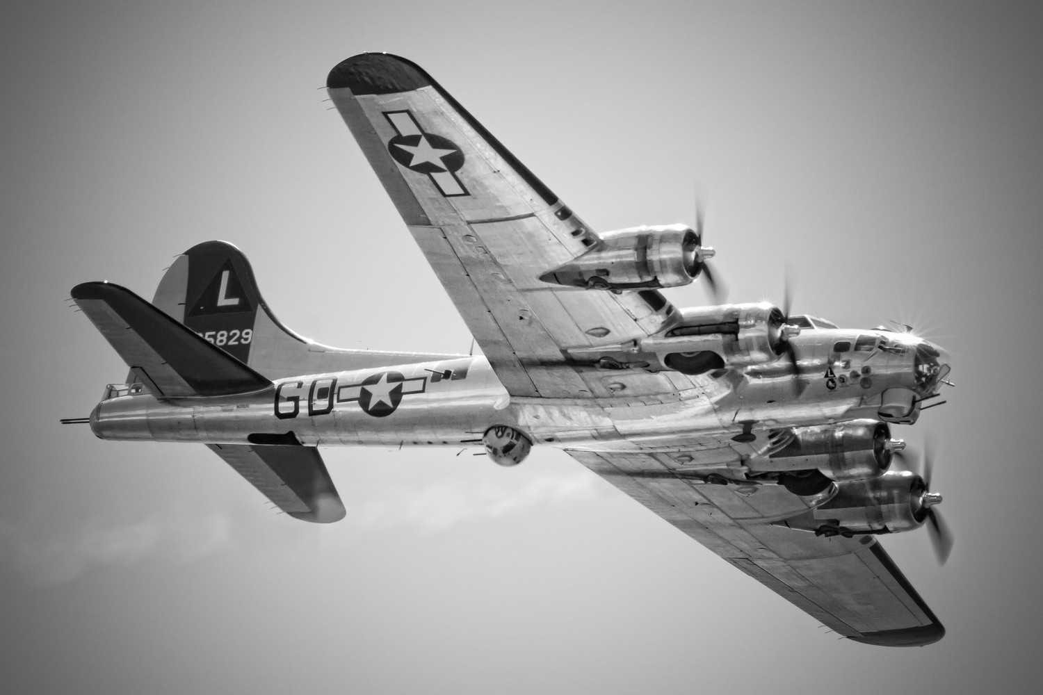 The Show will celebrate its 15th anniversary this weekend. The B17 Yankee Lady, right, flew over Jones Beach during the 2014 show.