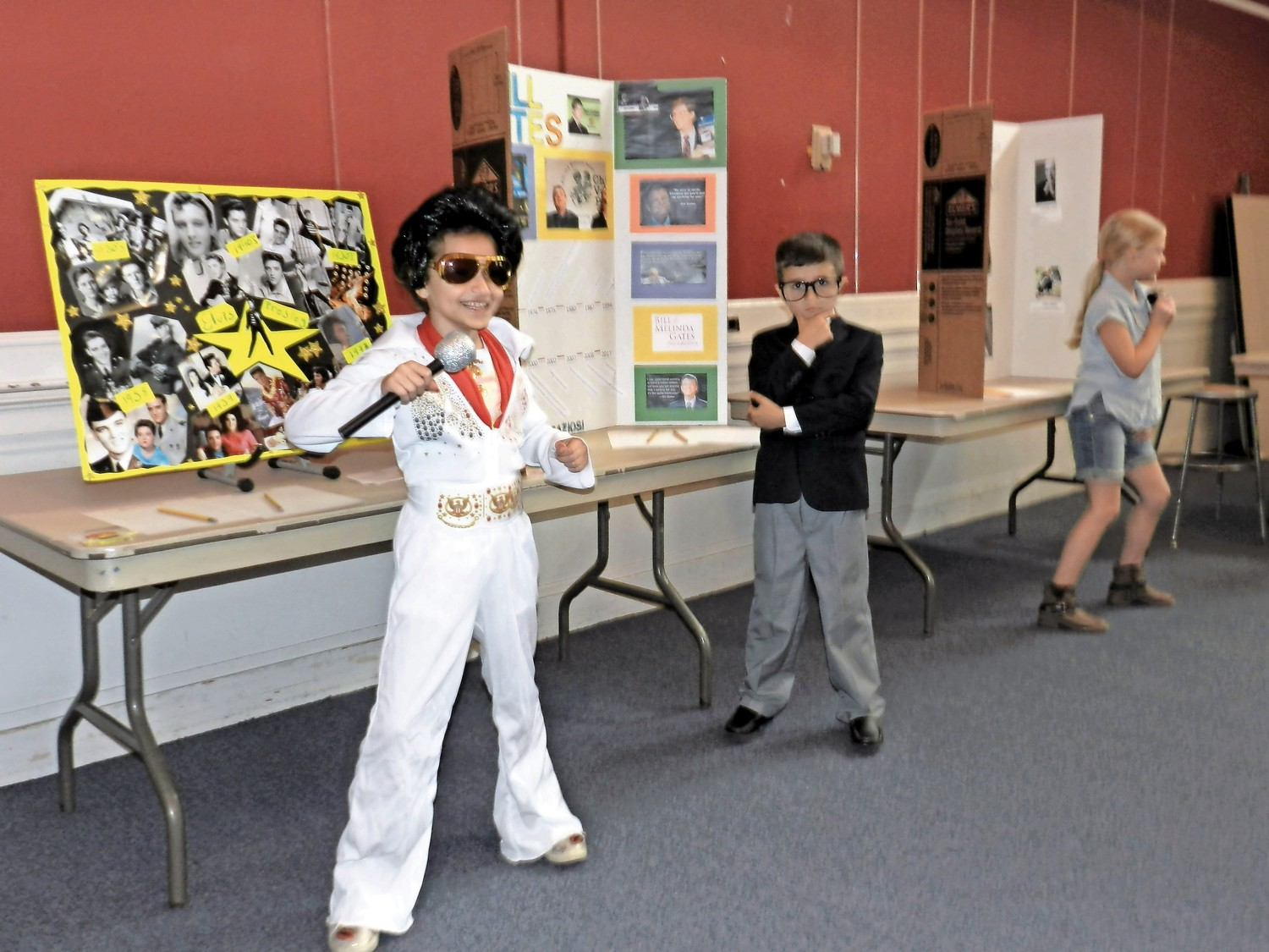 Wax figures resembling Elvis Presley (Haley Nugent), Bill Gates (Lorenzo Graziosi), and others were on hand to give a brief historical biography for guests at the wax museum.