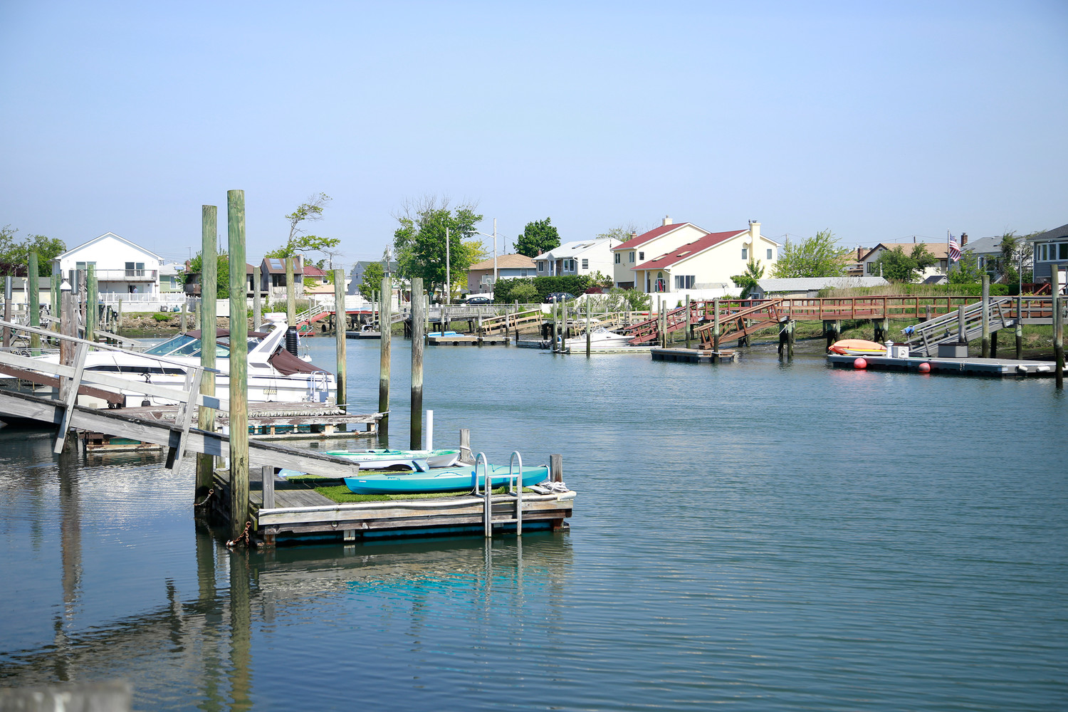 A proposed town law expanding the regulation of waterfront structures such as docks drew backlash on May 22 from residents over language that would ban the rental of dock space.
