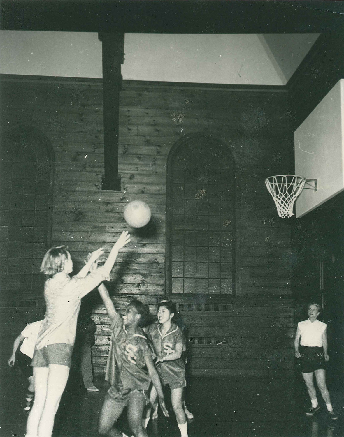 In the women's barracks, Kandel and fellow women Marines sometimes got the chance to play basketball.