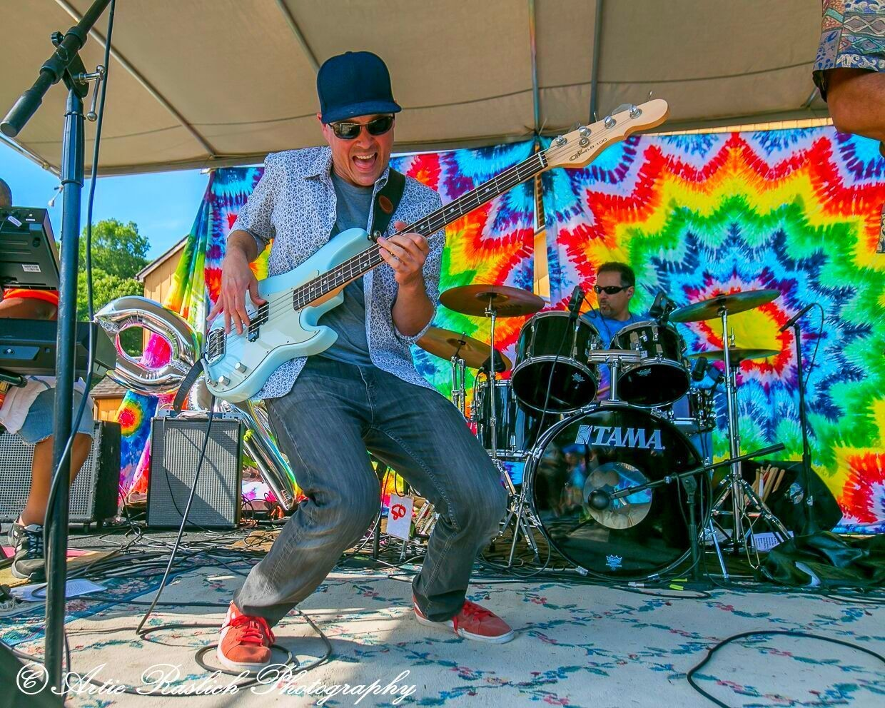 Tribute bands let loose on the festival stage.