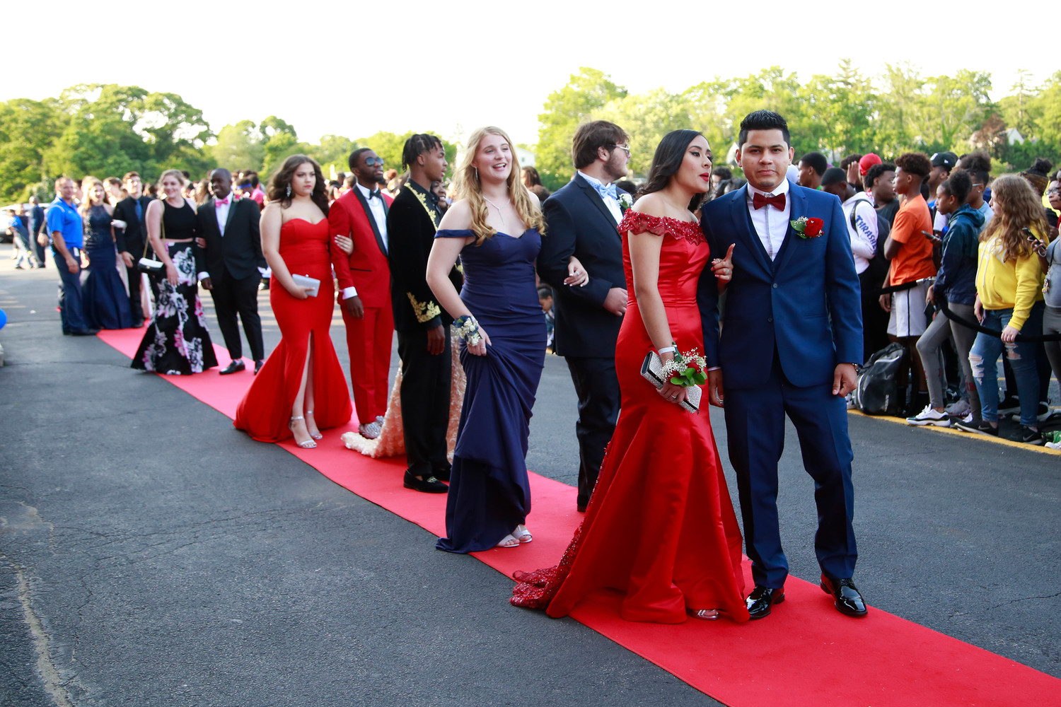 Seniors lined up on the red carpet at Malverne High School on June 7 to take part in the pre-prom festivities.
