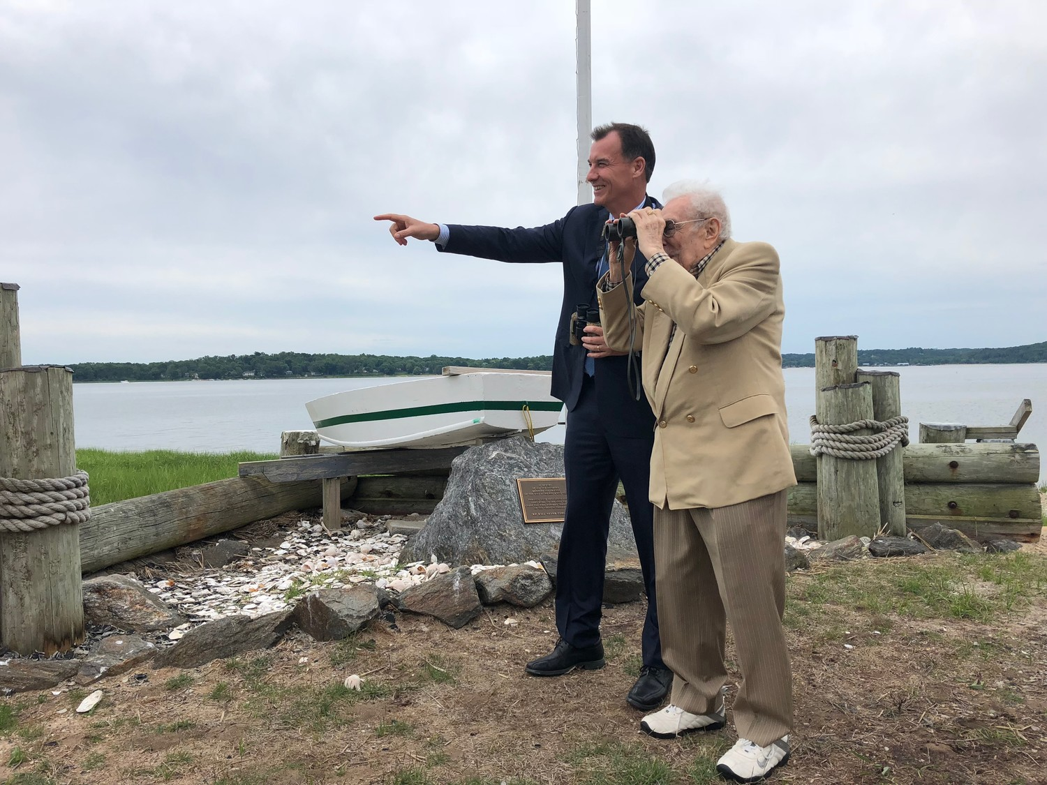 U.S. Rep. Tom Suozzi and former U.S. Rep. Lester Wolff observed ospreys flying around the Oyster Bay National Wildlife Refuge.