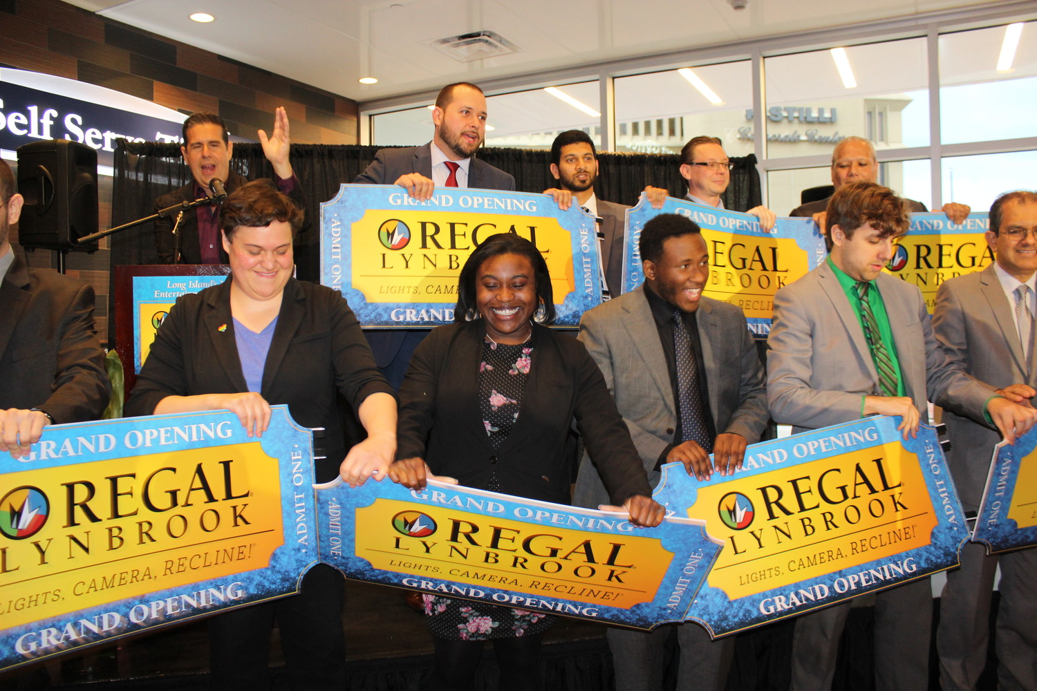 Regal movie theater officially opens in Lynbrook | Herald Community