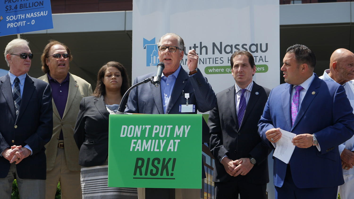 Hospital board Vice Chairman Tony Cancellieri at a rally on June 21 where he called on Blue Cross to relent in its negotiations with the hospital. The two parties later came to an agreement.