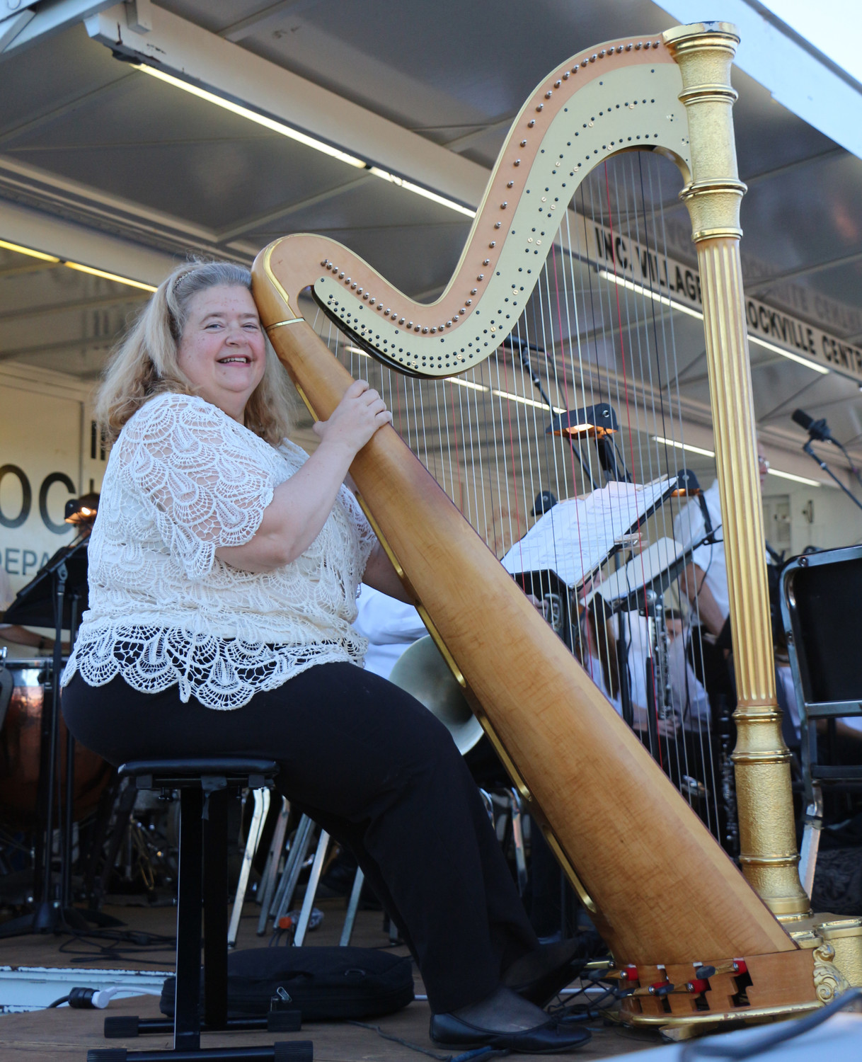 Susan Mann played the harp.