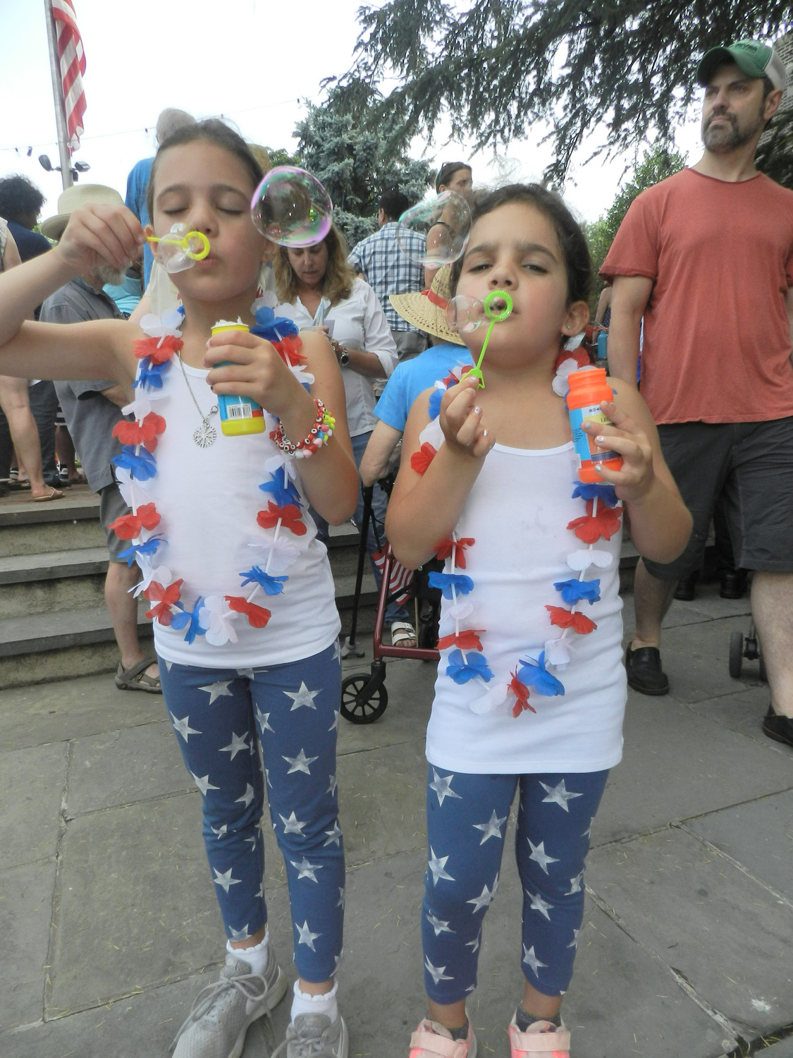 Sisters Gwyneth, 7, and Margot, 6, had fun with bubbles.