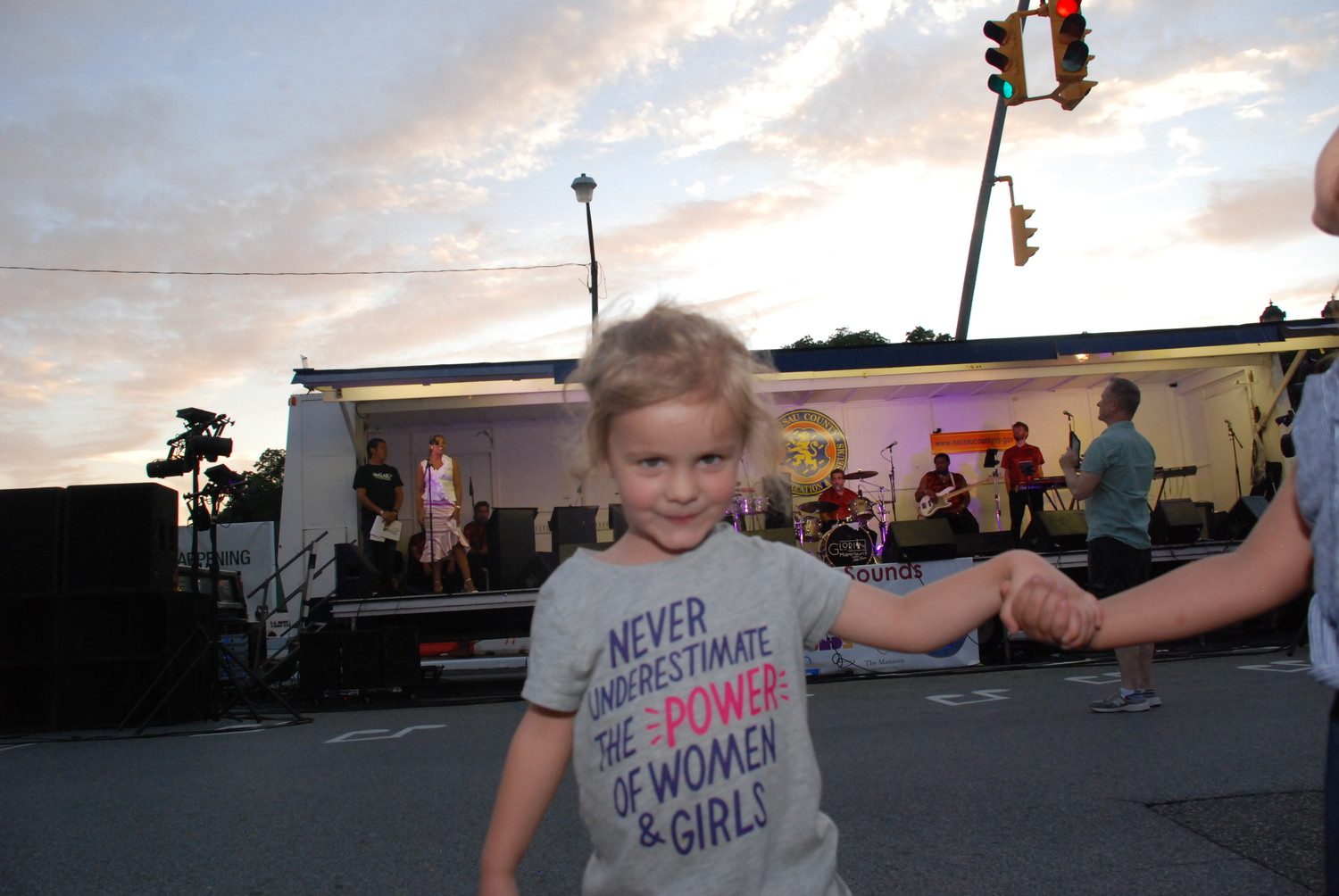 Elsie Mae, below, ran in circles around the dance area as the crowd awaited the start of the music.