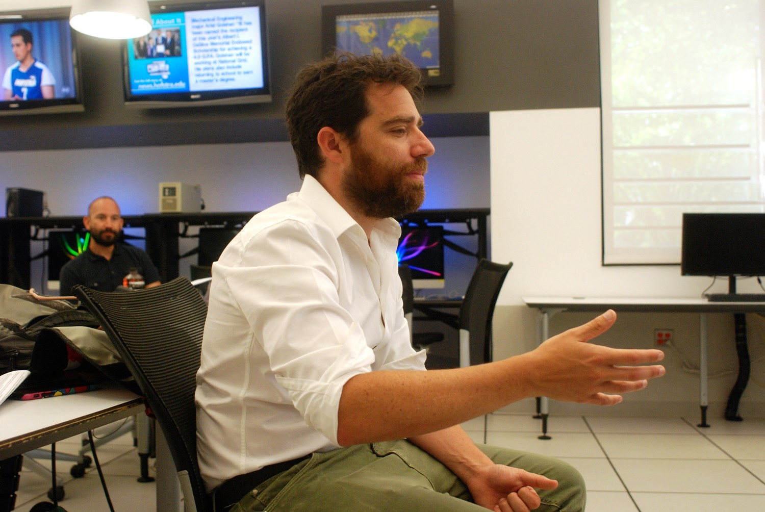 Michael Otterman, formerly of Merrick, and the author of two books on the Iraq War, was among the many speakers at the recent Hofstra University High School Summer Journalism Institute, which is co-directed by Heralds Executive Editor Scott Brinton.