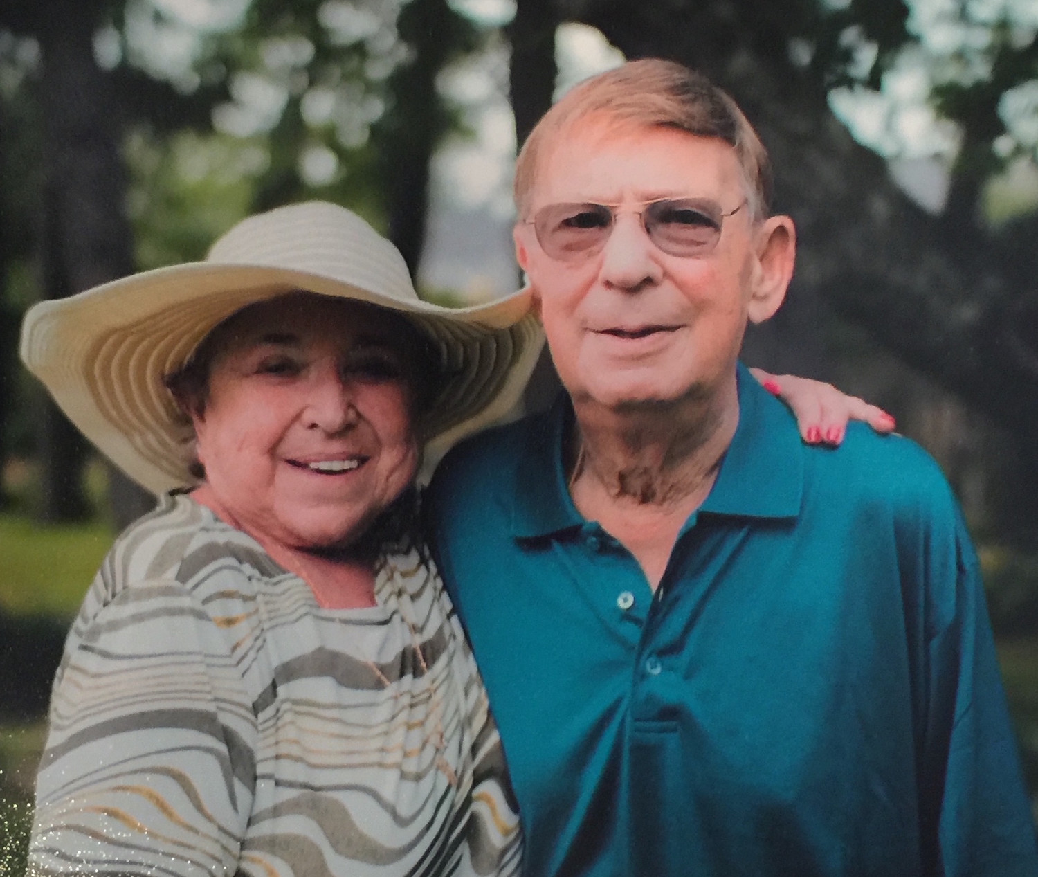 Joan and Harry Laufer in 2015.