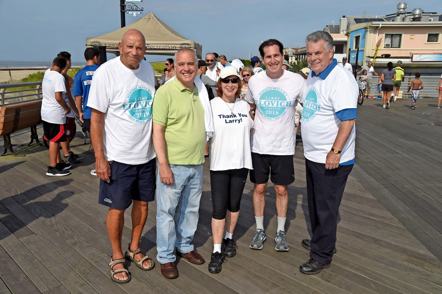 Former State Assemblyman Harvey Weisenberg, State Comptroller Tom DiNapoli, Helen Elovich, State Sen. Todd Kaminsky, and U.S. Rep. Peter King at the race.