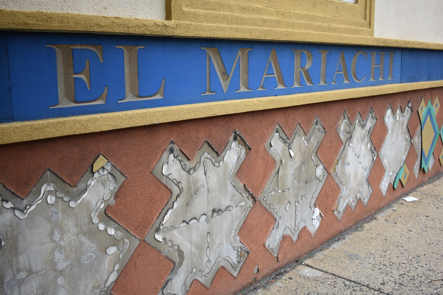 El Mariachi, a Mexican restaurant on Sunrise Highway for 41 years, closed in April.