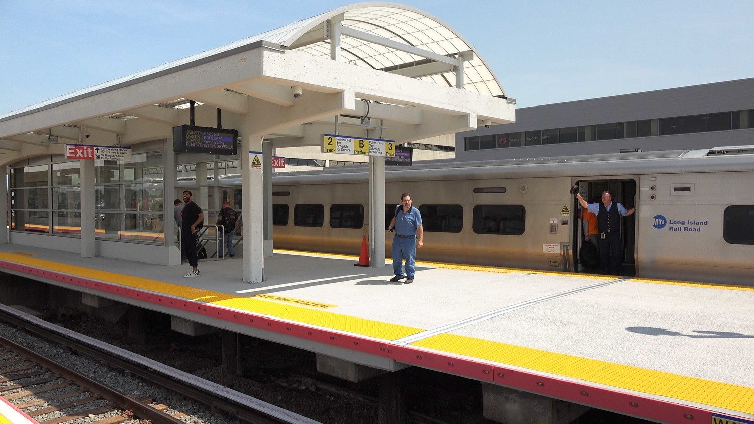Long Island Rail Road President Phillip Eng approved a $17.9 million project on Sept. 5 to upgrade the Lynbrook station. Above, a rendering of the station's platforms and canopies when the project is completed at the end of 2020.
