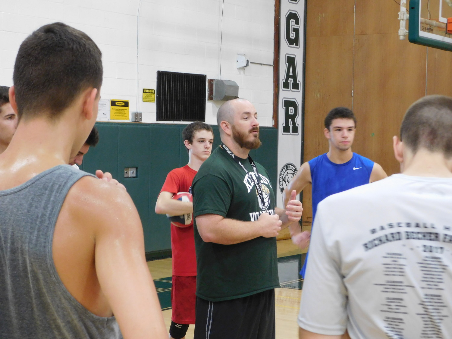 Coach Dennis Ringel gave the team some pointers at a practice on Saturday.