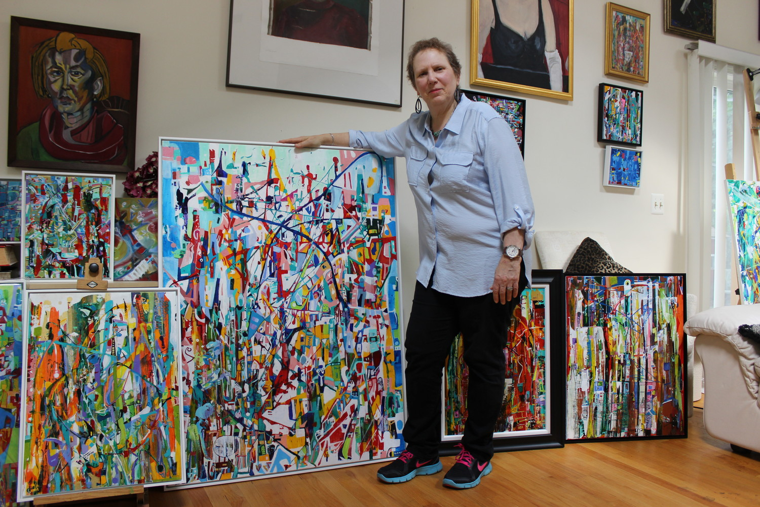Karen Kirshner is an artist from East Meadow who specializes in abstract surrealism.