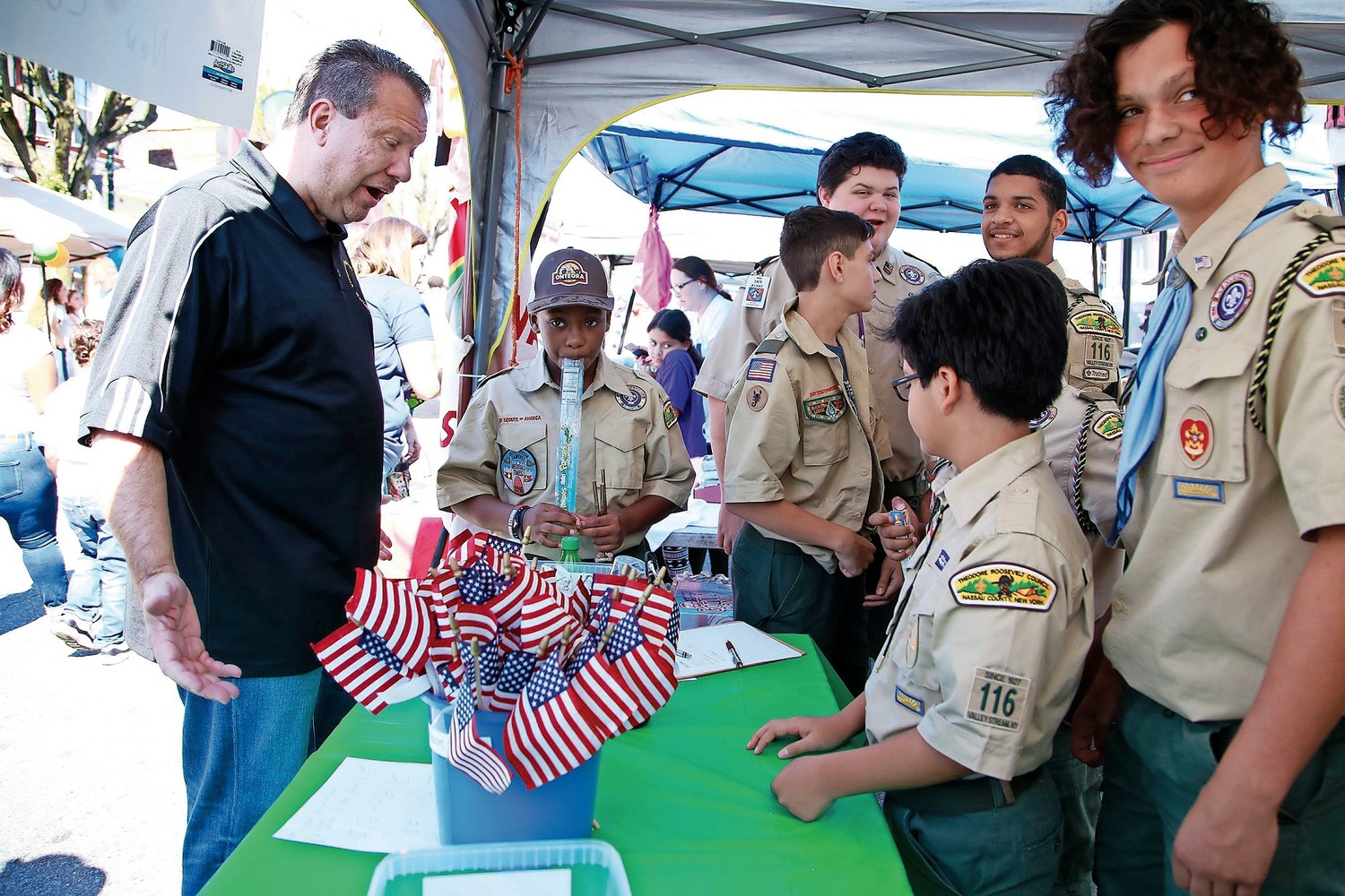 Mayor Ed Fare chatted with Troop 116 scouts.