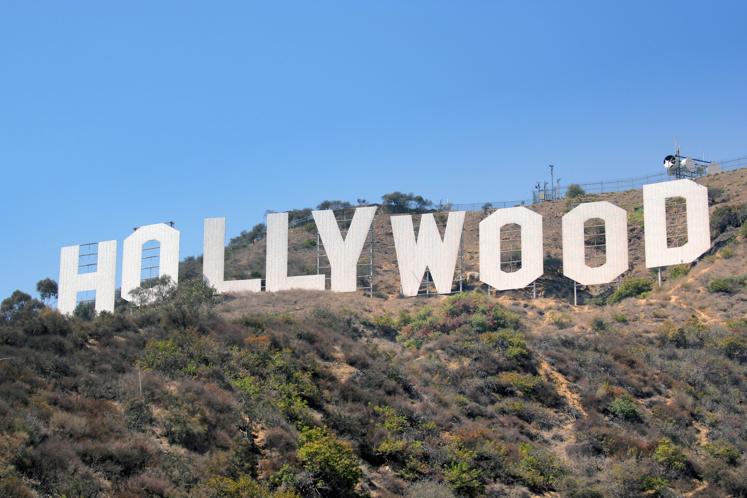 The milers' final destination is the iconic Hollywood sign that has presided in the hills above Movietown since 1923