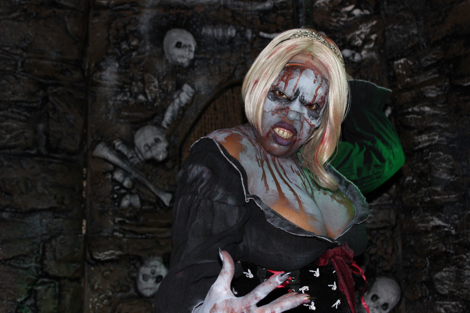 Throughout Blood Manor's Crypts of the Coliseum, undead monsters shock and taunt guests walking through the labyrinthine maze in the basement of Nassau Coliseum.