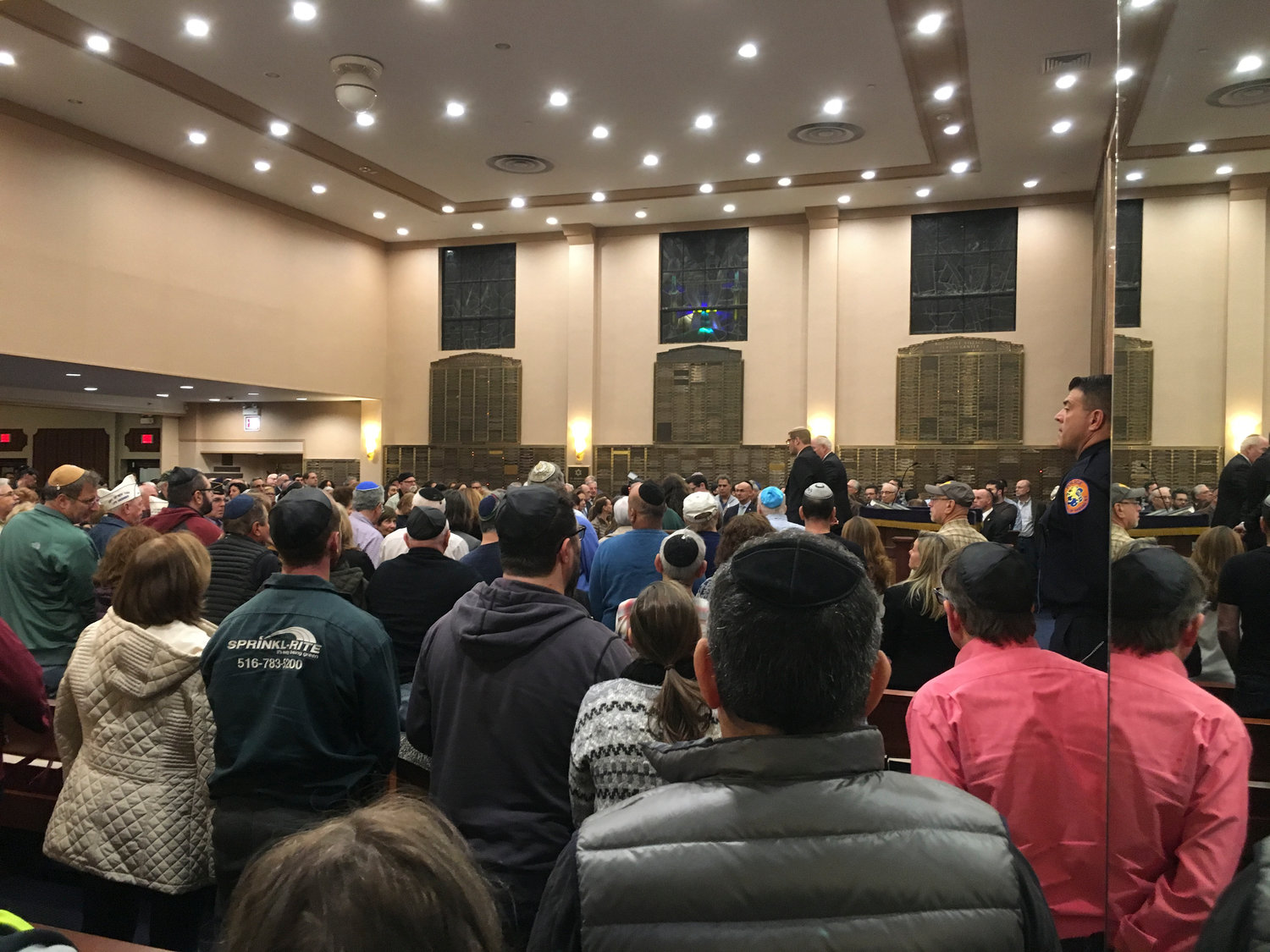 Hundreds of South Shore residents of all faiths poured into the Merrick Jewish Centre on Monday night to mourn the victims of the Pittsburgh shooting.