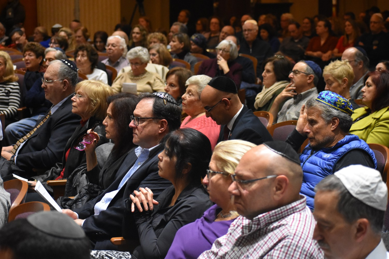 Hundreds mourned the victims at Congregation B'nai Sholom-Beth David.