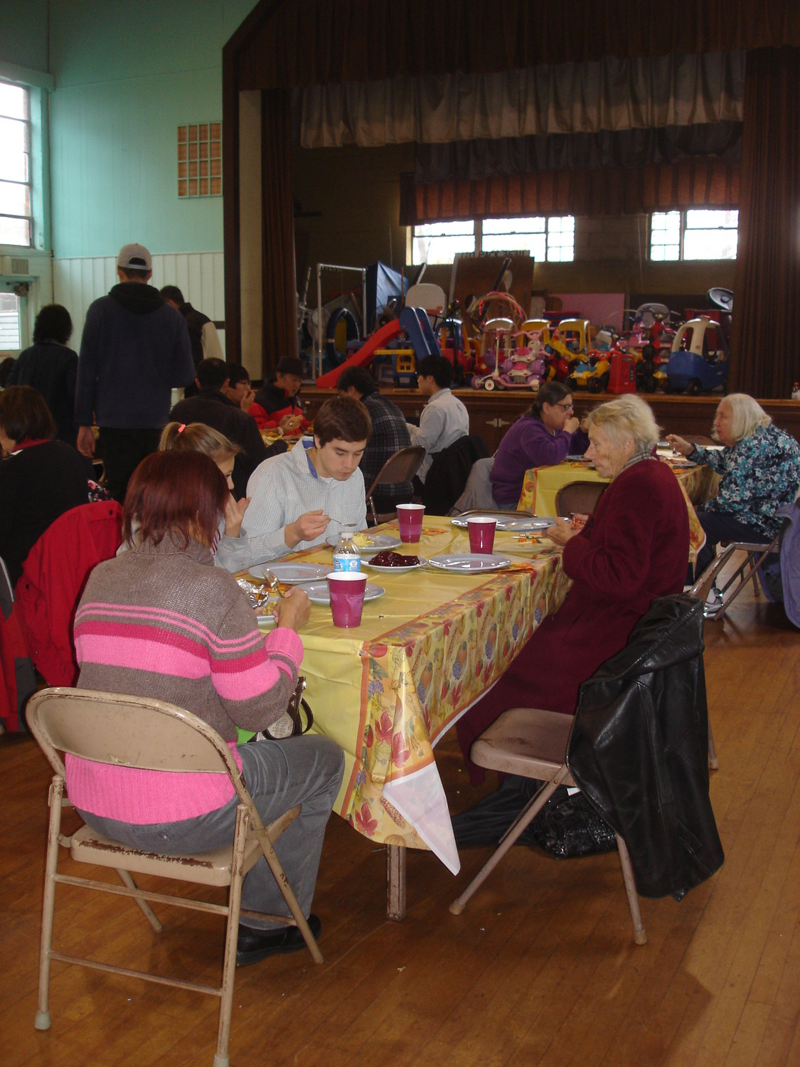 Bethany Congregational Church will host its ninth annual Thanksgiving Day dinner, open too all for free.