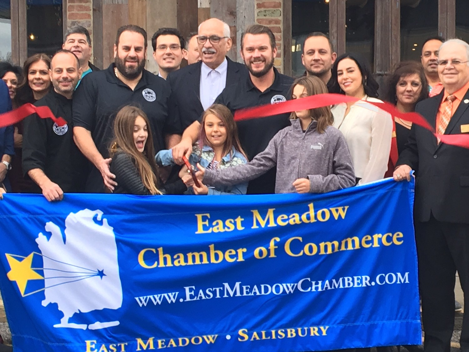 Garden Social celebrated its opening with a ribbon cutting presented by the East Meadow Chamber of Commerce on Nov. 9.