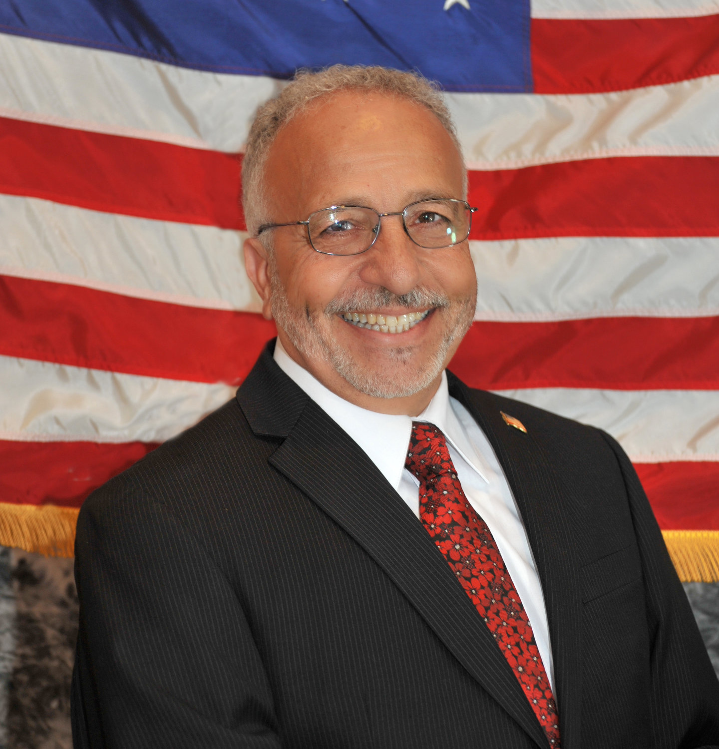 A letter read at Tuesday night's pre-council meeting indicated that Michael Zangari would resign from his role as councilman for the City of Glen Cove.