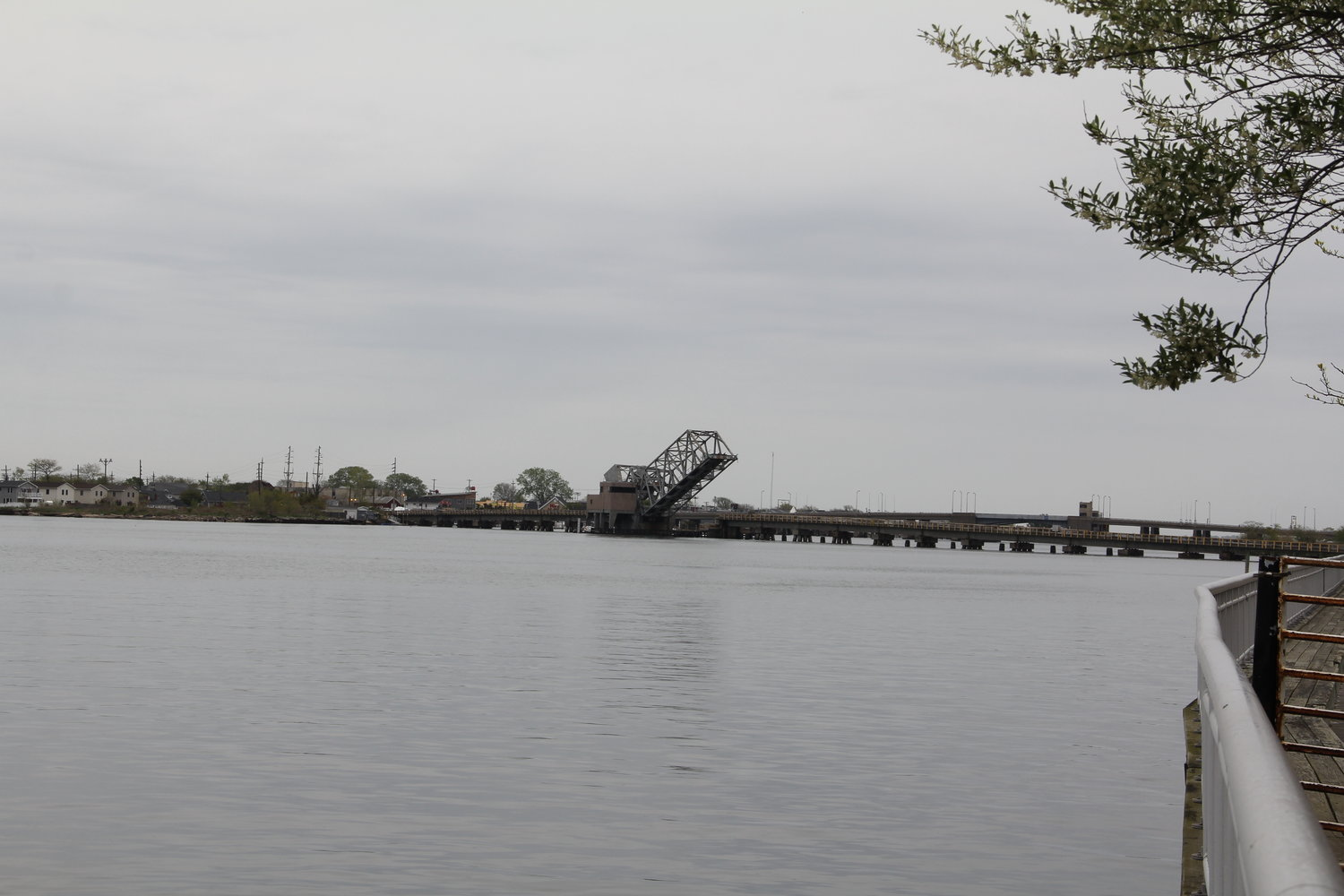 The City Council voted to purchase 0.2 acres of underwater shoreline from the town for $55,250 in order to move forward with a $20 million bulkhead project along the bay.