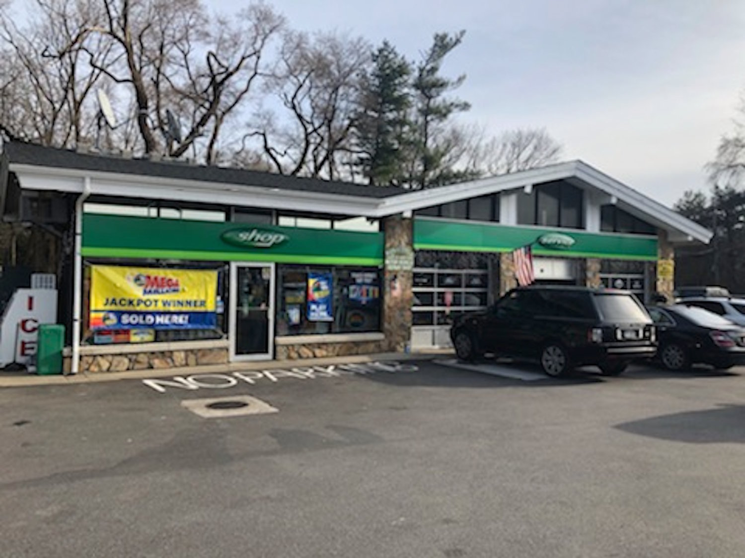 A lucky individual picked up a winning lottery ticket at a gas station in Glen Head on New Years Day.