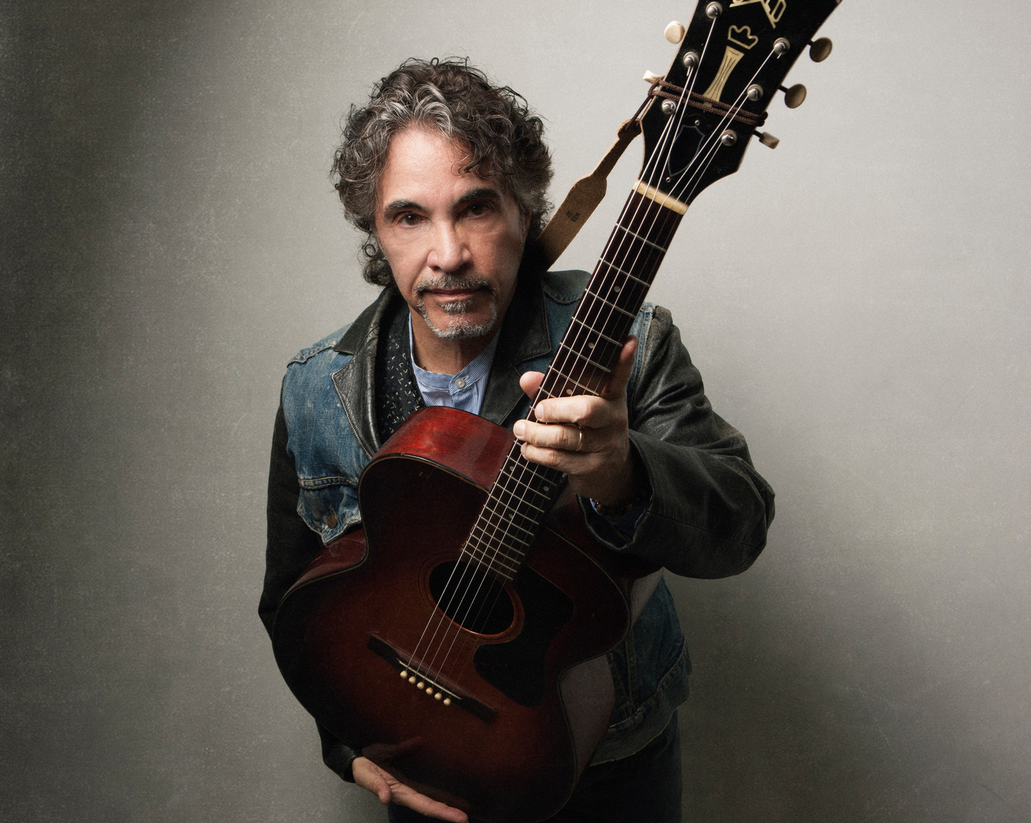 John Oates is joined by the Good Road Band on his latest tour.