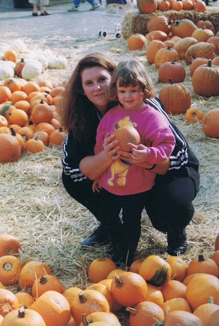 Kaitlin and Rachel, pictured here at a pumpkin patch when Kaitlin was younger, shared a close bond.