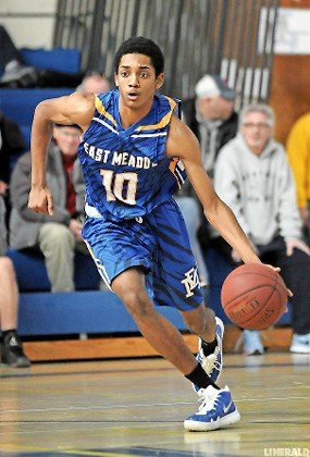 Junior Nelo Williams caught fire in the second half last Saturday and finished with 20 points in East Meadow's 84-76 defeat at Long Beach.
