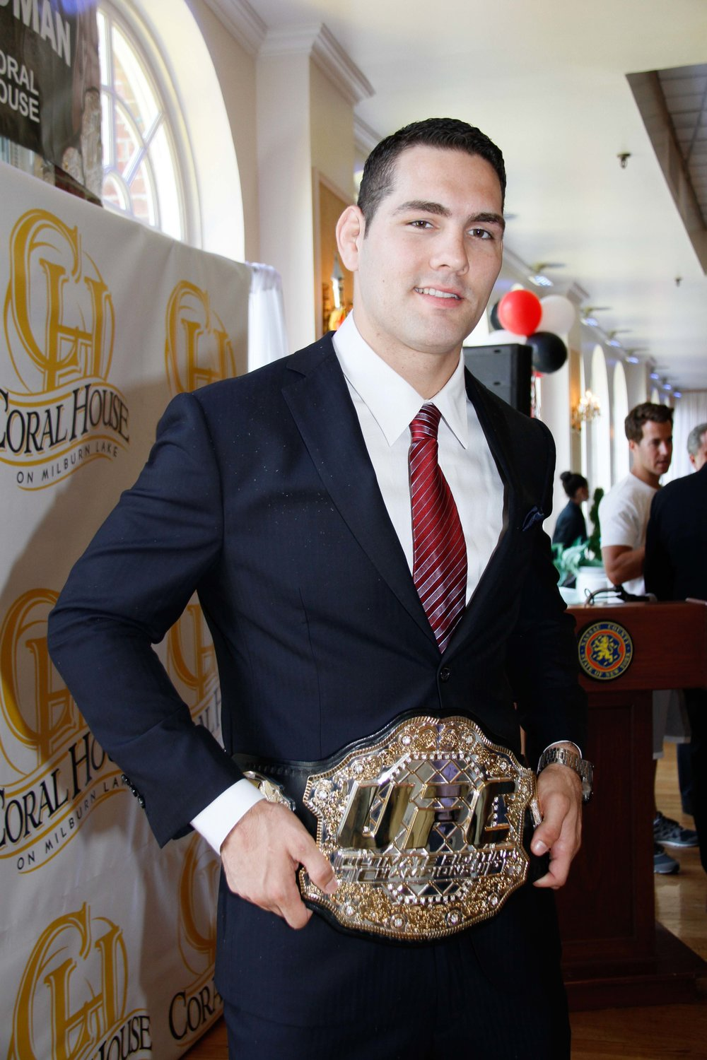 Baldwin native Chris Weidman, seen here in 2013, will address wrestling fans at an anti-drug event at Nassau Community College on Feb. 16.