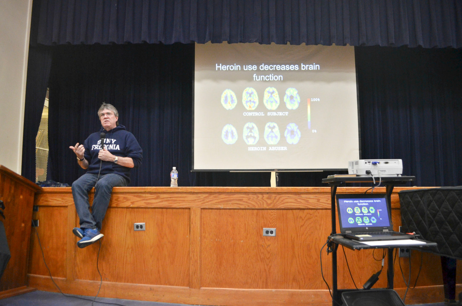 Dr. Stephen Dewey, an adjunct psychiatry professor at New York University Langone Health, spoke about the dangers of vaping at Long Beach Middle School on Feb. 28.